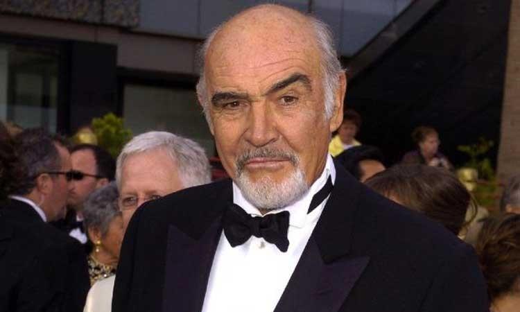 Sean-Connery-James-Bond