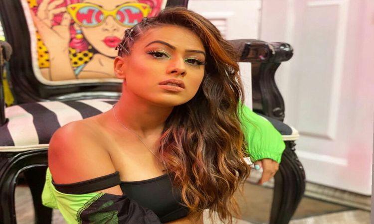 Nia-Sharma-Bollywood-Fashion