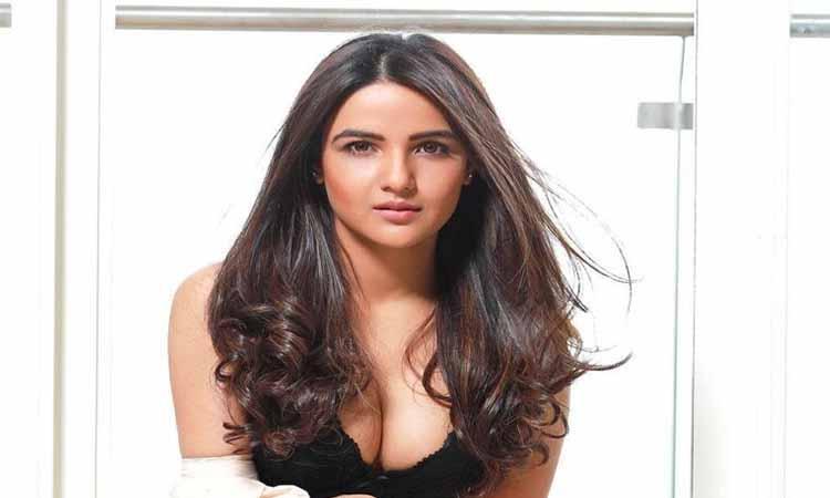 Jasmin-Bhasin-Bollywood-Bigg-Boss-14