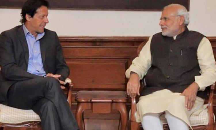 Imran-Khan-Narendra-Modi