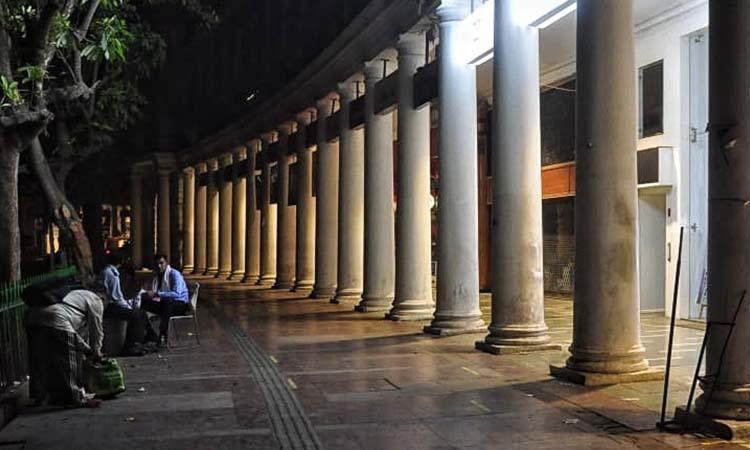 Delhi-Employees fear job loss-Night curfew-COVID19