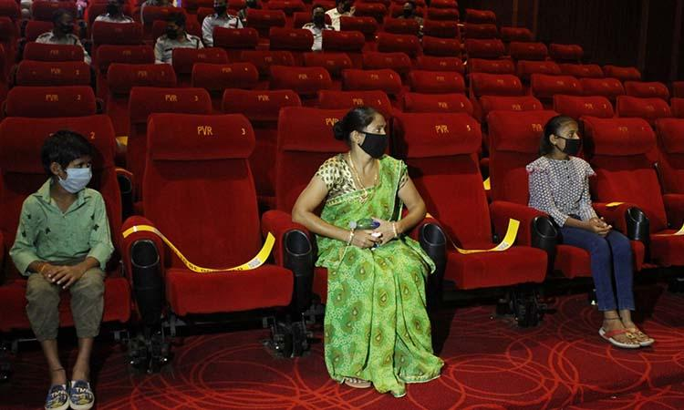 Multiplexes-Women-Children