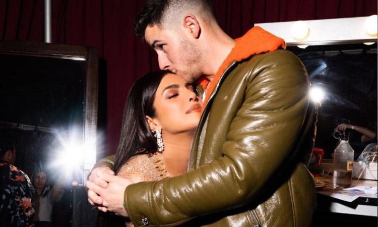 Priyanka Chopra, Nick Jonas, Billboard Music awards, Priyanka And Nick together, Priyanka Chopra and Nick Jonas, Priyanka Chopra and Nick Jonas 'crush it' at Billboard Music Awards 2021