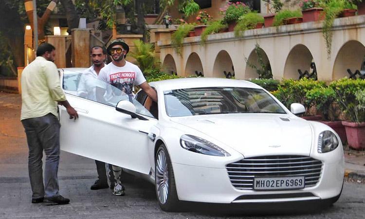 Bollywood, Bollywood actors, Shah Rukh Khan, Amitabh Bachchan, Ranveer Singh, Kartik Aaryan, Hrithik Roshan, Top 10 Bollywood celebrities who own expensive and fancy cars