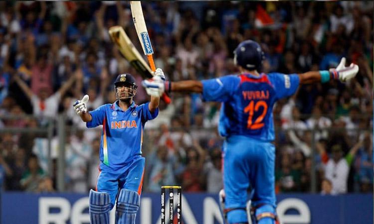 Cricket, Indian Cricket Team, ICC, Australia, England, Sachin Tendulkar, Virat Kohli, Rishabh Pant, Top 10 amazing pictures that show cricket is an emotion, not only a game