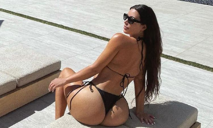Kim Kardashian, Kim Kardashian photos, Kim Kardashian Instagram, Kim Kardashian family, Kim Kardashian Kanye West