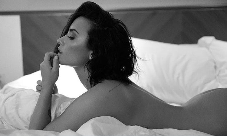 Hollywood, actress, Demi Lovato, Demi Lovato pictures, Demi Lovato songs, Demi Lovato songs, Demi Lovato movies, 10 times Demi Lovato flaunted her curves in stunning poses, Demi lovato hot pictures