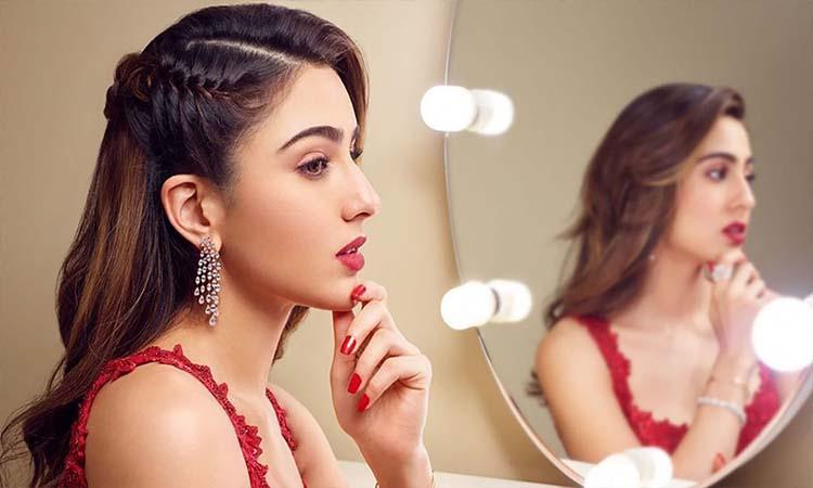Bollywood, Sara Ali Khan, Sara Ali Khan latest Pictures, Sara Ali Khan Latest instagram pictures, 10 times Sara Ali Khan showed how to dress like a gen-z diva