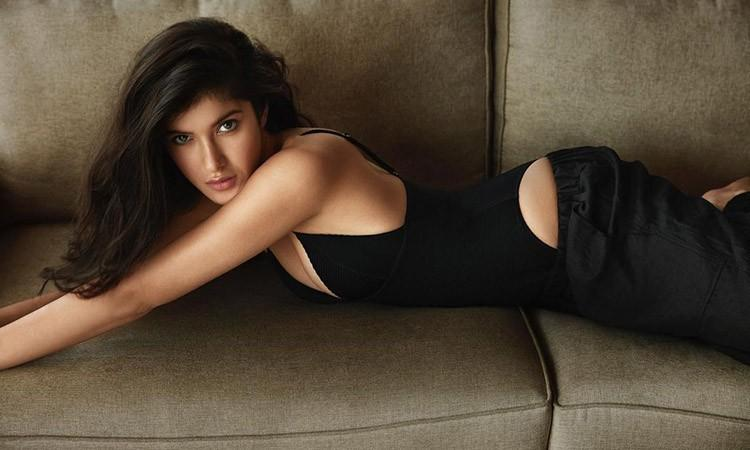 Bollywood, Shanaya Kapoor, Sanjay Kapoor Daughter, Shanaya Kapoor instagram, Shanaya Kapoor pictures, Shanaya Kapoor netflix, The fabulous life of Bollywood wives