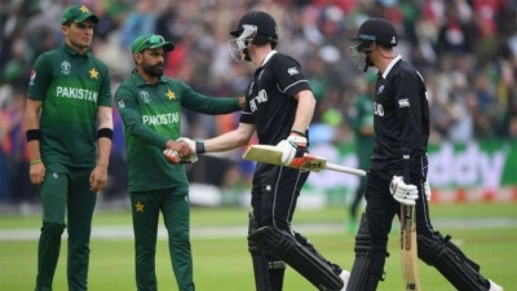 Pakistan-New-Zealand cricketers