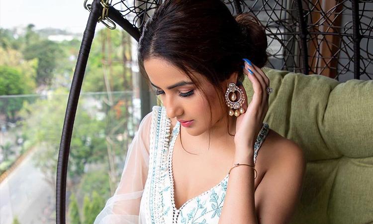 Jasmin-Bhasin-Bollywood
