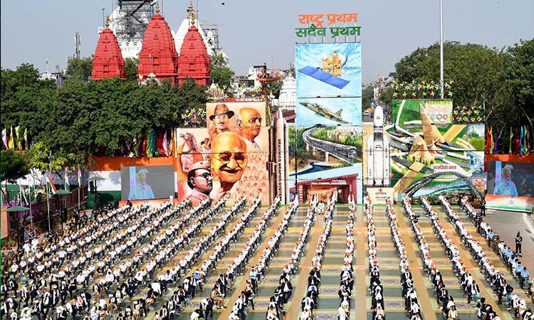 Narendra-Modi-Red-Fort