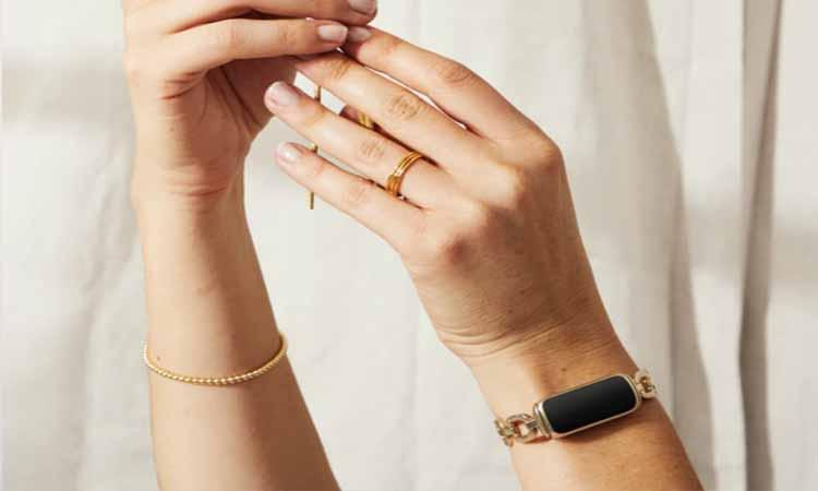 Designer-Collection-Fitbit