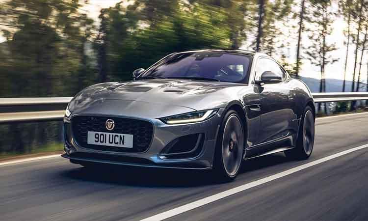 Jaguar-F-type-R-dynamic