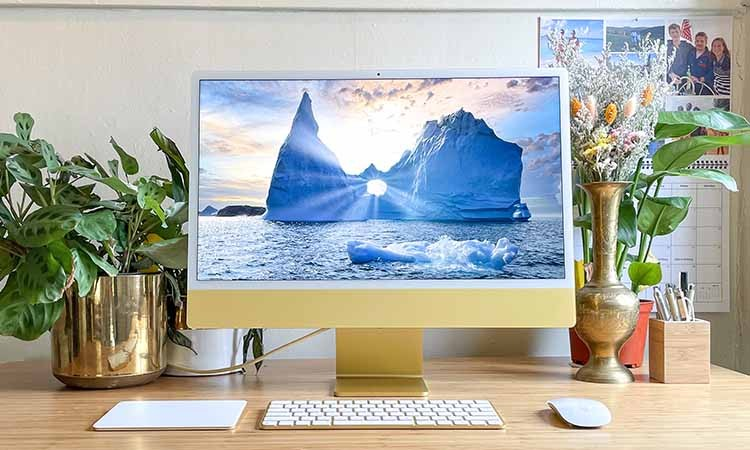 iMac: Top 5 features of Apple's newly launched ultra-sleek computer
